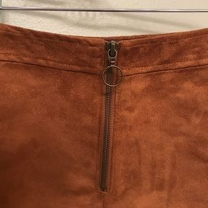 Woman's mini skirt   Old Navy   Great condition  
